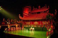 Одно из главных культурных мест Ханоя — Вьетнамский кукольный театр на воде