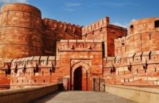 Значение форта в Агре в культуре индийского народа. Особенности крепости и как туда добраться?